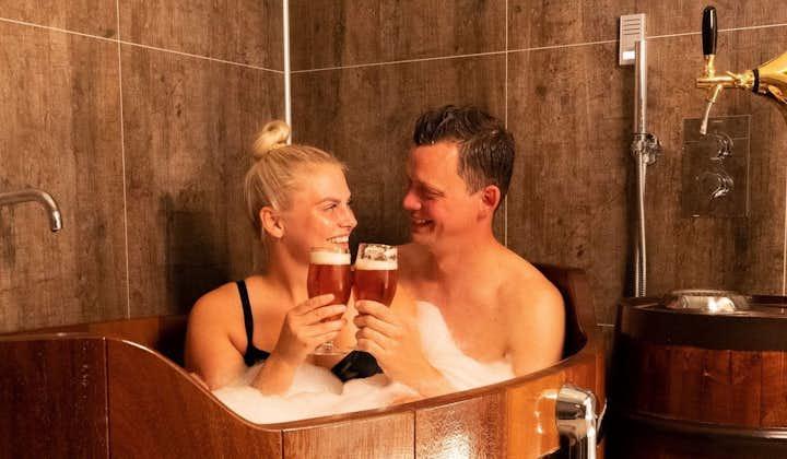 Baignade au spa de bière Bjorbodin   Beer spa dans le Nord de l'Islande