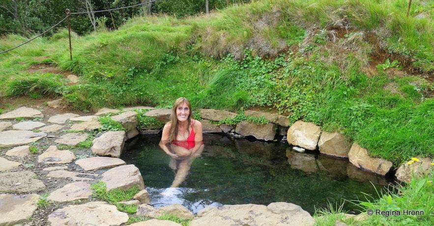 Regína in Krosslaug hot pool in West-Iceland