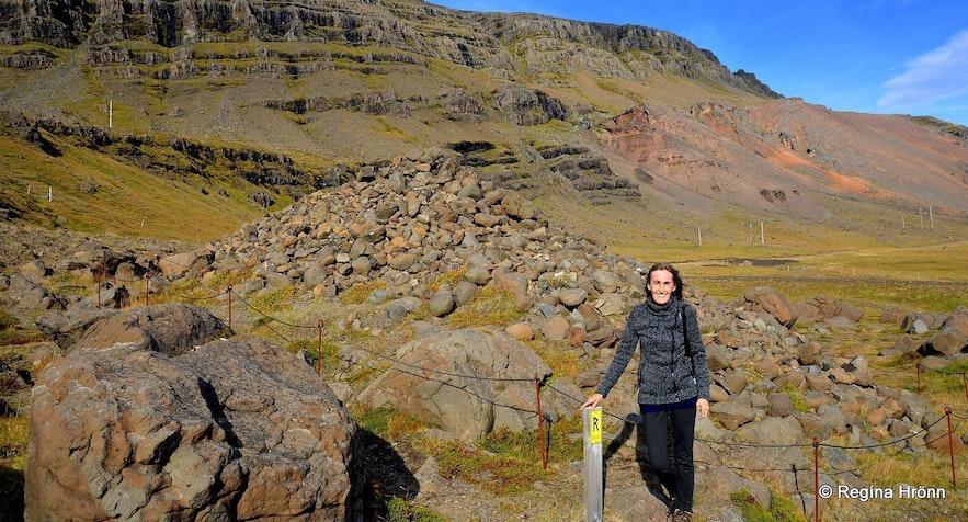 Regína by Djáknadys burial mound in East-Iceland