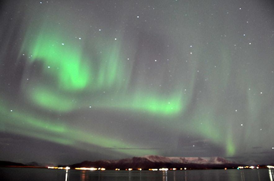 从极光观测到摄影-到底该不该来冰岛看极光